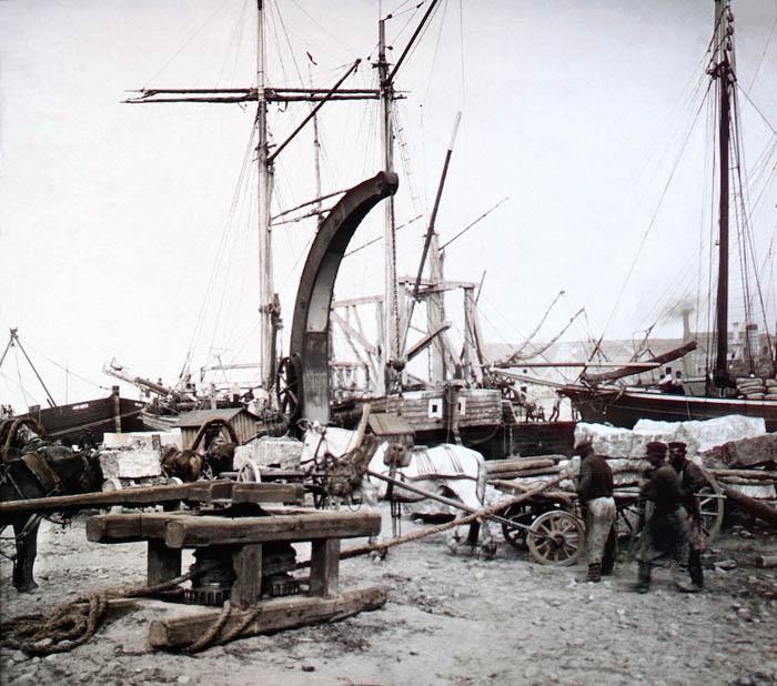 """F. Krátký: Petrohrad, 1896 Název snímku: """"V přístavu petrohradském"""""""