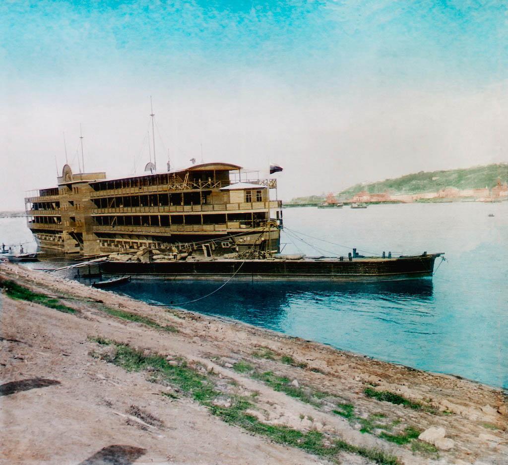 """F. Krátký: 1896 Название: """"Nižní Novgorod - plovoucí hotel"""""""