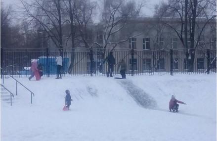 Снежные горки и городки Вешняков