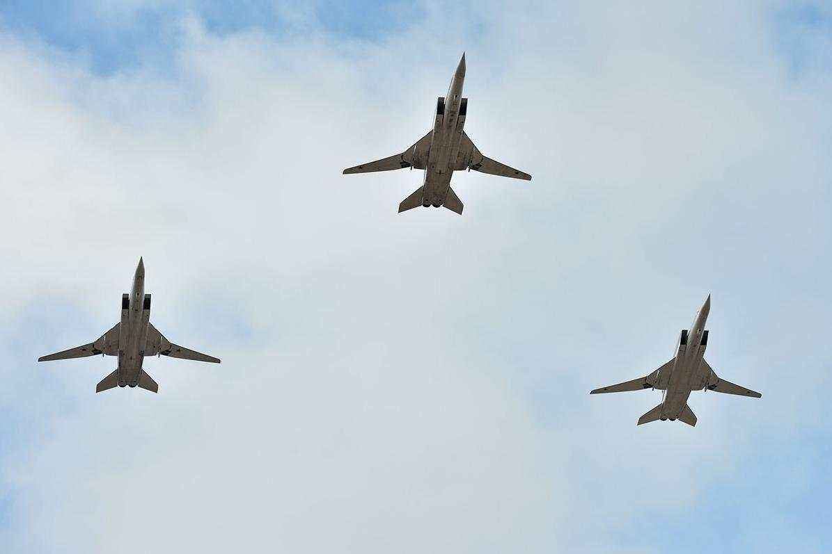 Дальние сверхзвуковые ракетоносцы-бомбардировщики Ту-22М3. Фото: Алексей Иванов/ТРК «Звезда»