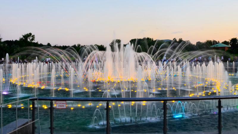 светомузыкальный-фонтан-в-царицыно