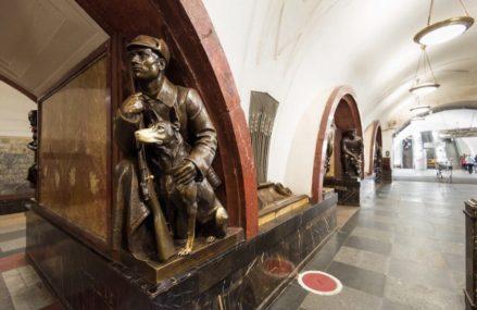 Истории о прообразах статуй на «Площади революции»