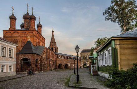 Крутицкое подворье — уголок прошлого в центре Москвы.