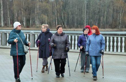Скандинавская ходьба для всех в Измайловском Парке