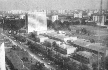 Вид из НИИ Дельта №2 (на Сиреневый бульвар)
