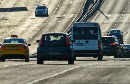 В районах Перово и Выхино временно ограничат движение автомобилей