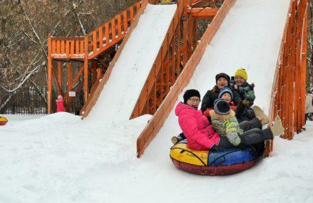 Зимние развлечения в Измайловском парке