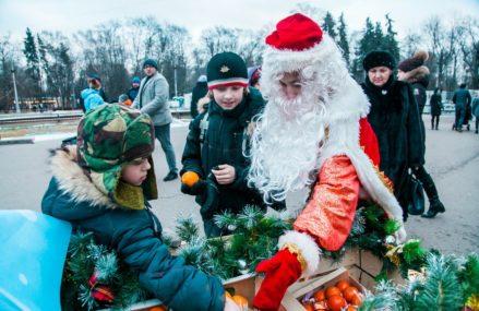 Праздник «Новогодние каникулы и Рождество» в парке Сокольники