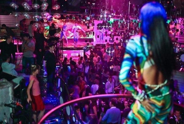 Клубы москвы ночные бесплатный вход для в москве закроют фитнес клубы