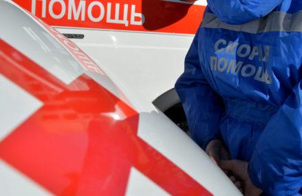 В Москве в аварии со стоящим грузовиком погиб человек