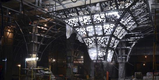 Декоративные панели установили на 5 колоннах в вестибюлях станции метро «Новопеределкино»