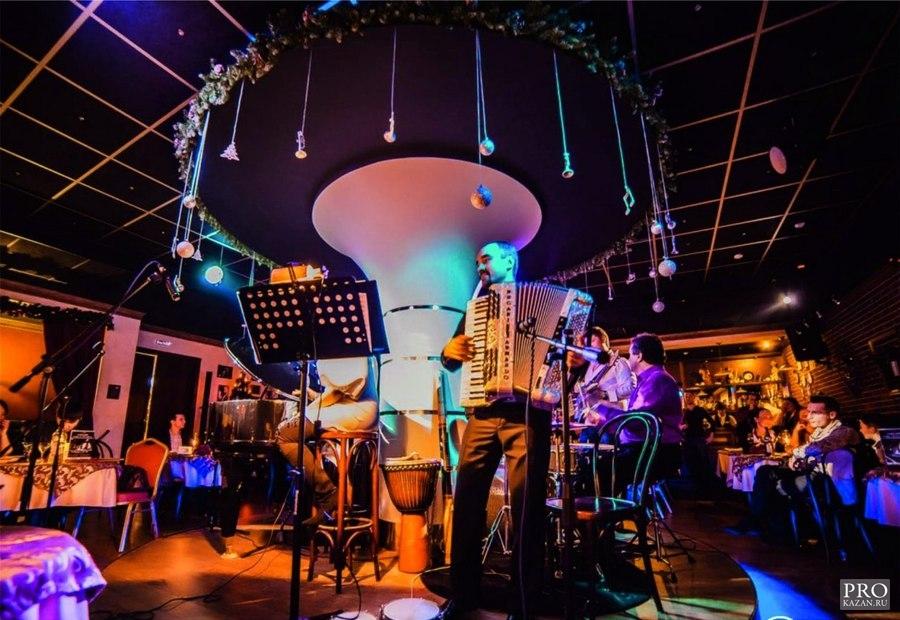 Живая музыка клуб москва вакансии в ночном клубе гардеробщик