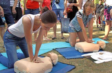 Оказывать первую помощь научат в парке «Сокольники» 21 июля