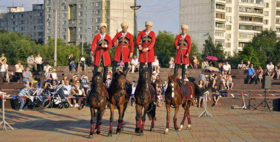 В парке у прудов «Радуга» выступит Кремлевская школа верховой езды