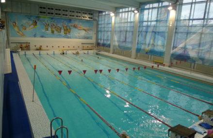Спорткомплекс с бассейном в Новокосино введут в этом году