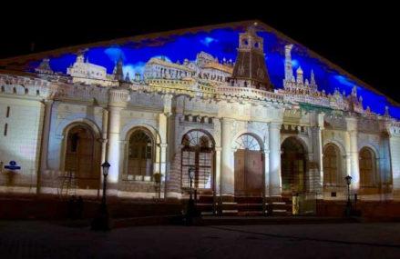 Световое шоу об истории Москвы можно посмотреть на здании Манежа