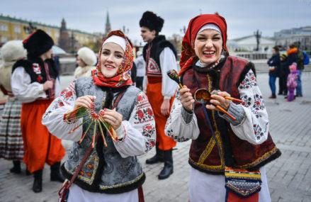 Продажу алкоголя ограничат в День народного единства в Москве