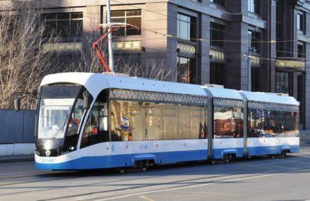 Закончили с ремонтами трамвайных путей 26 и 38