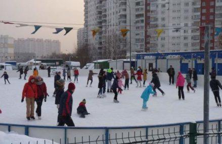 В Новокосино открыт сезон катания на коньках