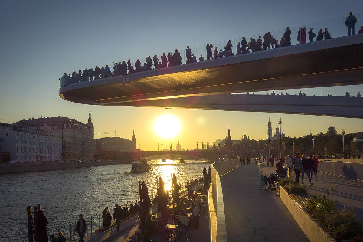 парящий мост парка зарядье