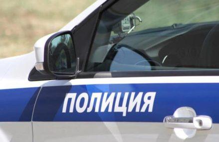 Сотрудники полиции задержали мужчину, угрожавшего поджечь автомобиль