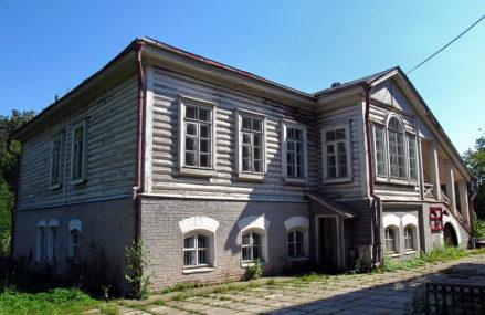 Знаменское-Садки — бывшая подмосковная усадьба князей Трубецких