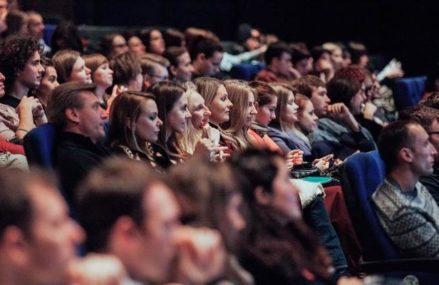 Более 10 отечественных фильмов бесплатно покажут в сети «Москино»
