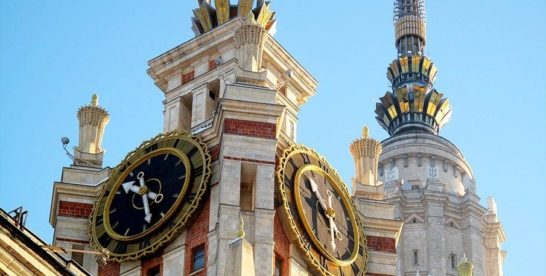 5 самых знаменитых часов Москвы