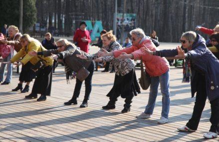 В Измайловском Парке проходят бесплатные занятия для старшего возраста