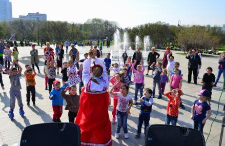 Бразильский зук, ансамбль барабанщиц и шерстяная акварель: как в городе отметят День парков
