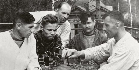 «Людям нужно утешение»: чем жили столичные парки в годы войны