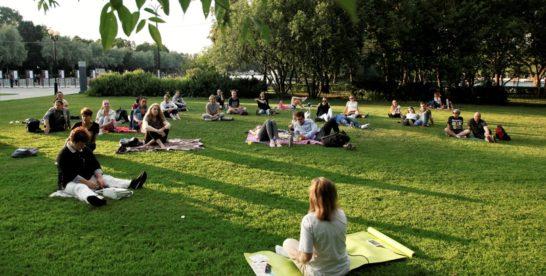 Медитация в парках Москвы