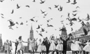 Выпускники московских школ на Красной площади. 1961 год.