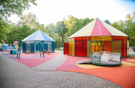 Необычные детские площадки в парках