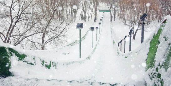 В парках столицы откроются 39 горок и тюбинговых трасс