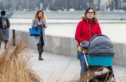 Александр и Михаил, София и Мария: как называли детей, родившихся в 2019 году