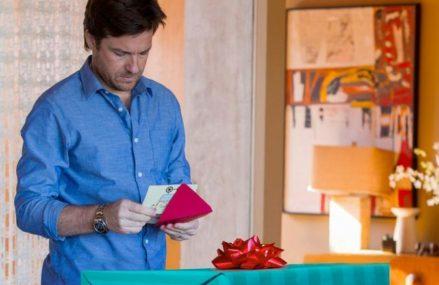 Названы самые желанные подарки к 23 Февраля и 8 Марта