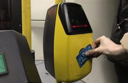 Пассажирам столичного транспорта пояснили, как продлить действие проездных из‑за карантина