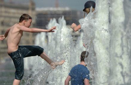 Можно ли купаться в фонтанах?