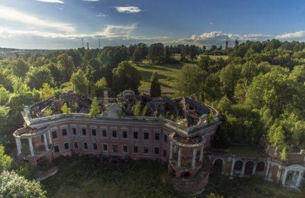 3 атмосферных разрушенных усадьбы в окрестностях Москвы