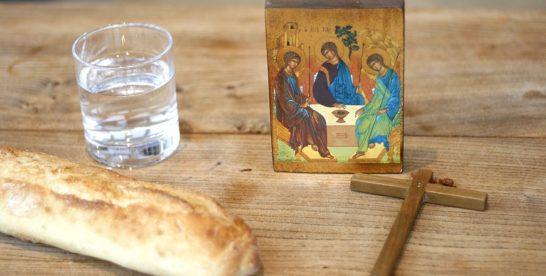 Успенский пост: как питаться и что нельзя есть верующим
