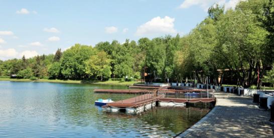 Где находилась царская усадьба и как говорить на языке вееров: парки подготовили новые экскурсии