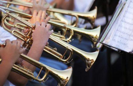 Духовой оркестр выступит в парке «Сокольники» на День города