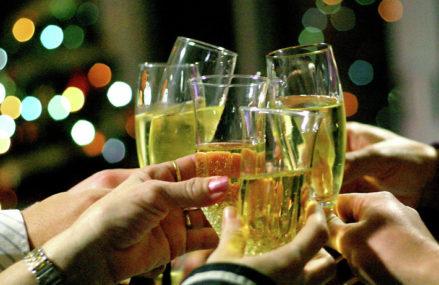 Где отметить Новый год 2021 в Московском регионе: 10 отелей с развлекательной программой