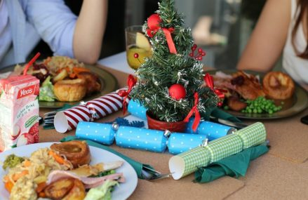 Где заказать еду для новогоднего стола: 7 проверенных сайтов и приложений