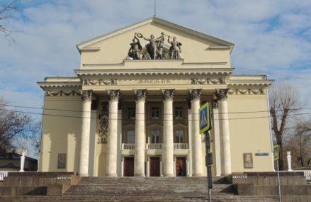 То, что сейчас называется дворцом на Яузе, на площади Журавлева, на самом деле перестроенный Введенскiй народный домъ.
