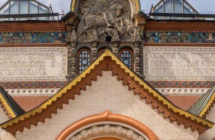 Уникальная Майолика из Абрамцево и список зданий, украшенных этой удивительной керамической плиткой