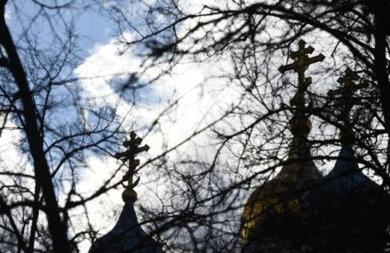 Можно ли посещать кладбище на Пасху