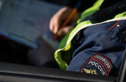 Автомобилистов РФ начнут штрафовать за несоответствие шин сезону