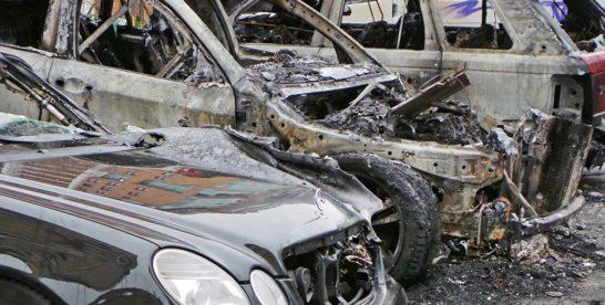 Поджог автомобилей на востоке Москвы попал на видео
